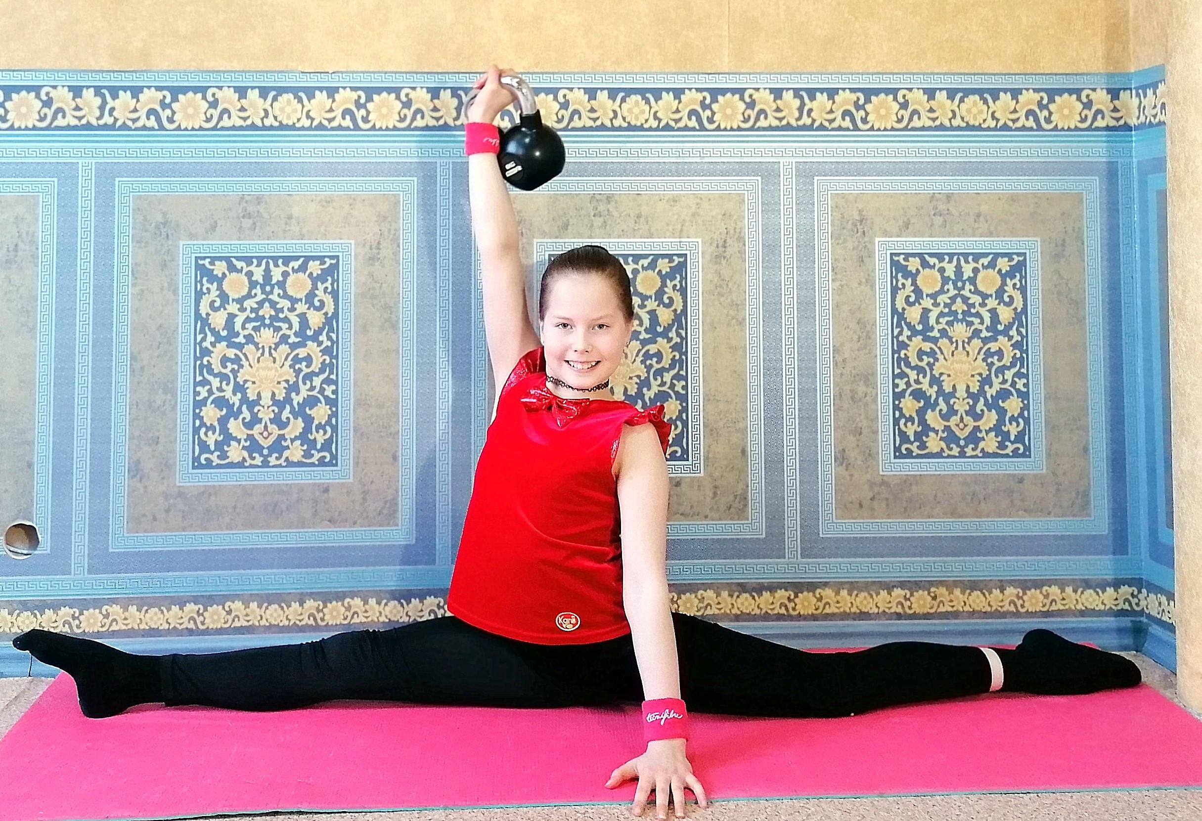 Гиря. Взгляд на тренировки с гирей девочки из Екатеринбурга